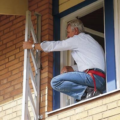In- och utfällbar utrymningsstege 320/400 Wibe Ladders